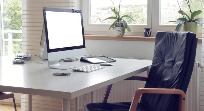 прямой компьютерный стол фото